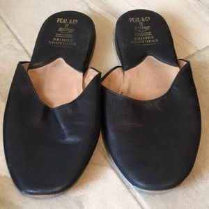 BROOKS BROTHERS SLIPPERS